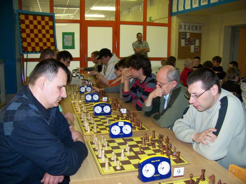 Mistrzostwa Powiatu Świdnickiego LZS, Żarów, 03.04.2011