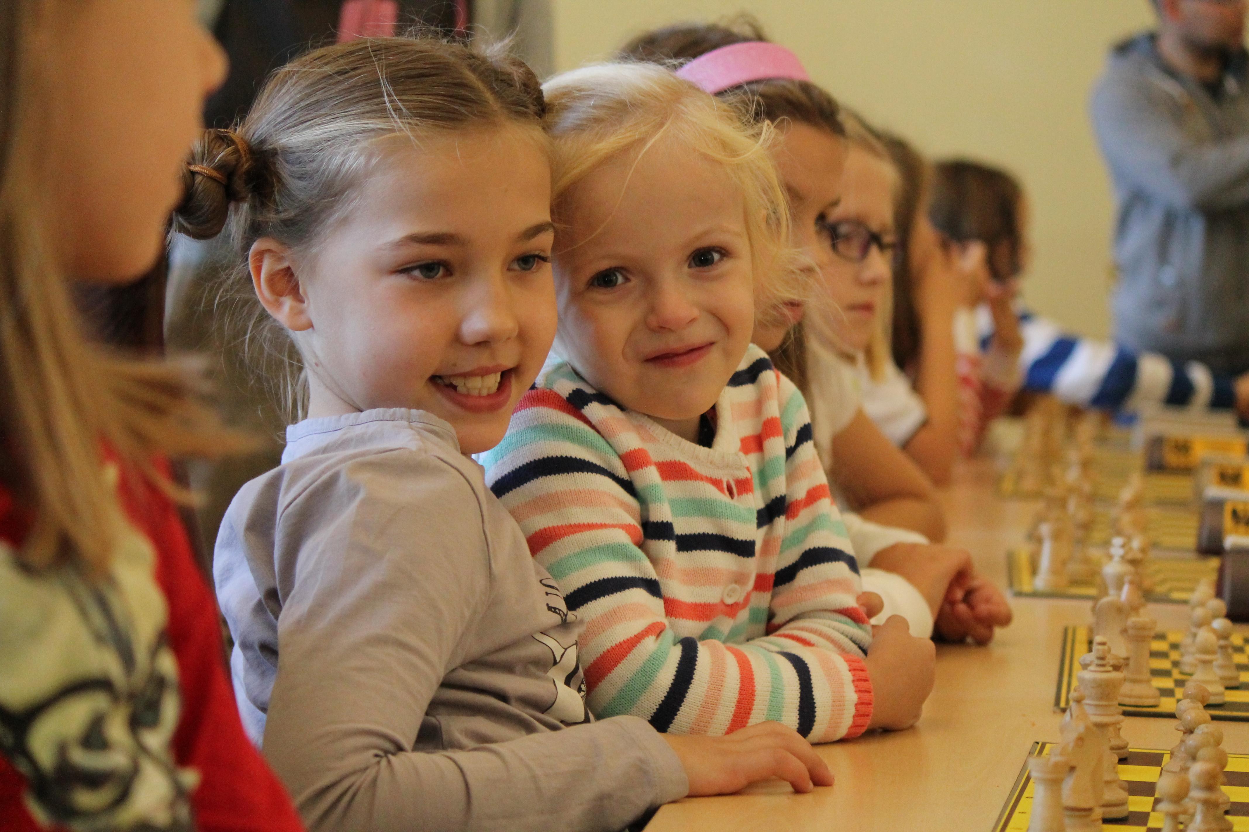"""Amelia i Antoni Pieszczoch """"na piątkę"""" w Mistrzostwach Dolnego Śląska Juniorów, Zamek Książ, 25.10.2014"""